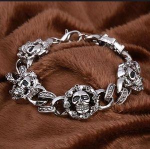 Jewelry - 🍁Skull Bracelet